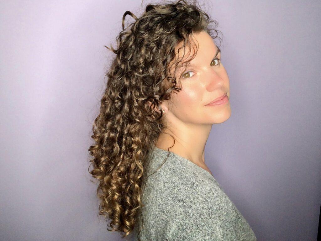 Mijn haar op dag 2 met producten van ECRU New York Curl Perfect